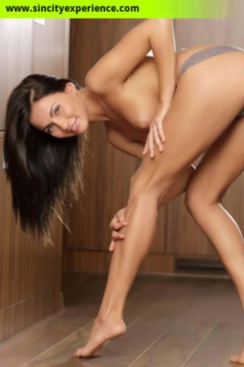 Ashley the brunette Las Vegas escort naked